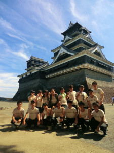 壮大な熊本城には一同驚嘆